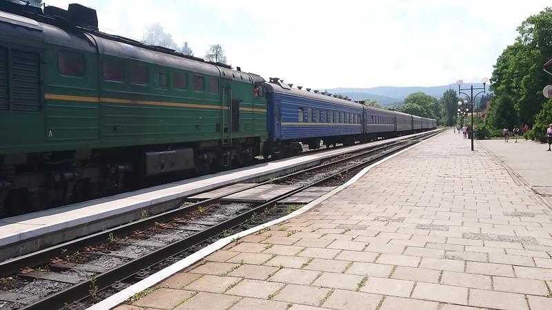 TrainLeavingWorochta-2.mp4