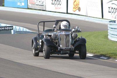 No-0422 Race Group Pre-War + T