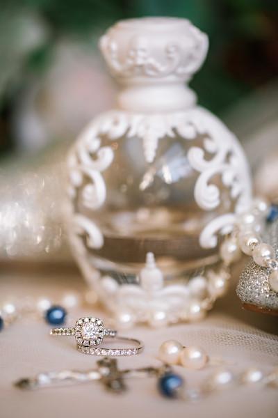 ERIKA + REGIS - MICRO WEDDING - 29.jpg