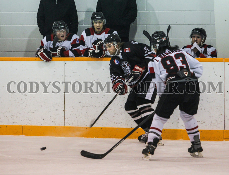 Huskies vs. Voyageurs - Photo 4 Cody Storm Cooper Photography 2014. All rights reserved.