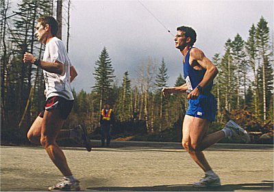2001 Merville 15K - Rob and Steve up front at 5K