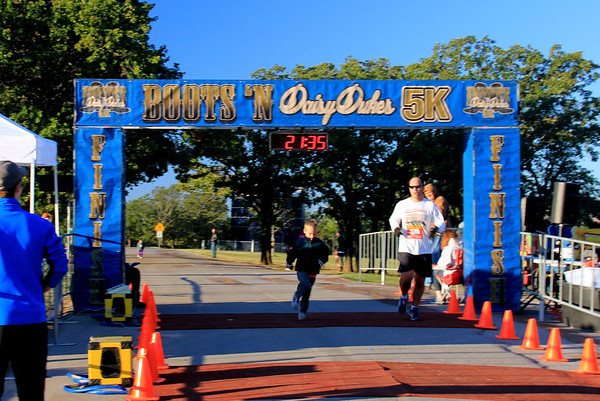 Boots & Daisy Dukes 5K Tulsa