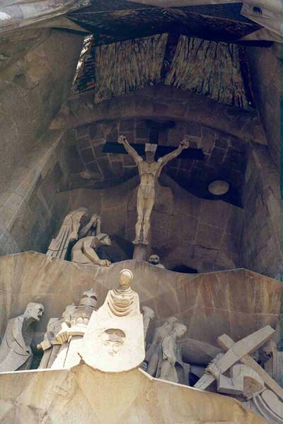 Sagrada Familia Back View 2.jpg