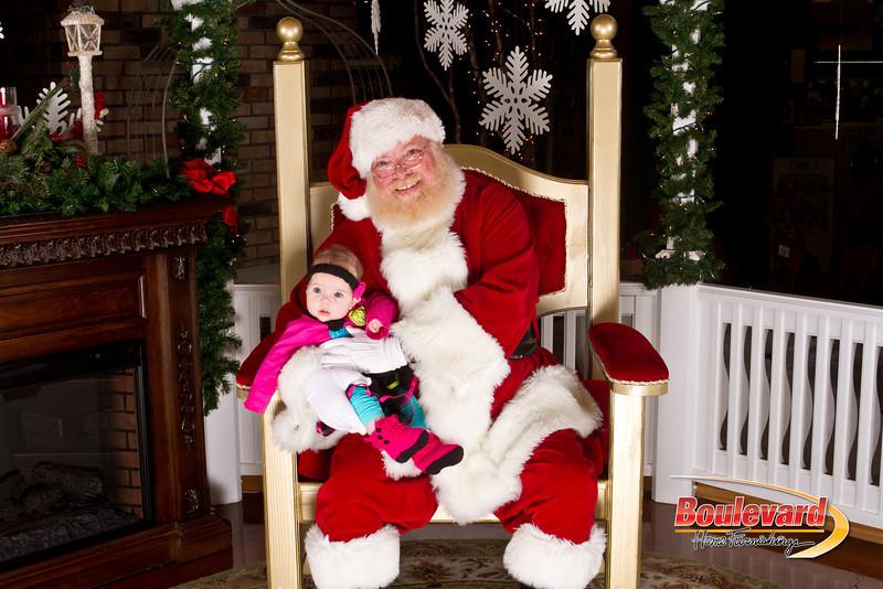 Santa Dec 15-123.jpg