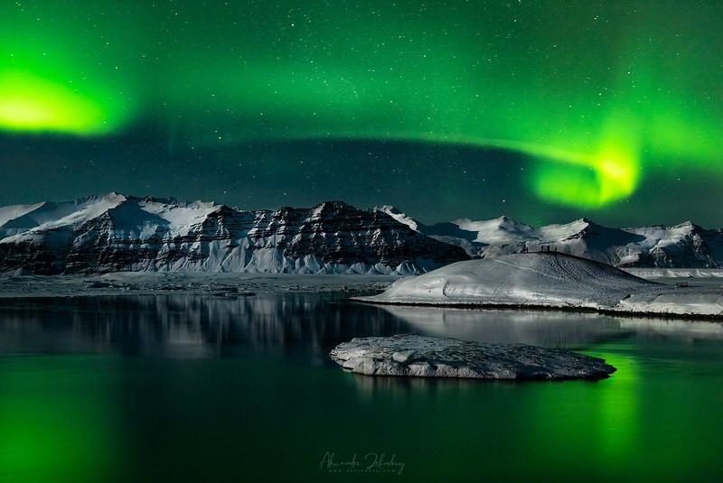 Night at Glacier Lagoon II