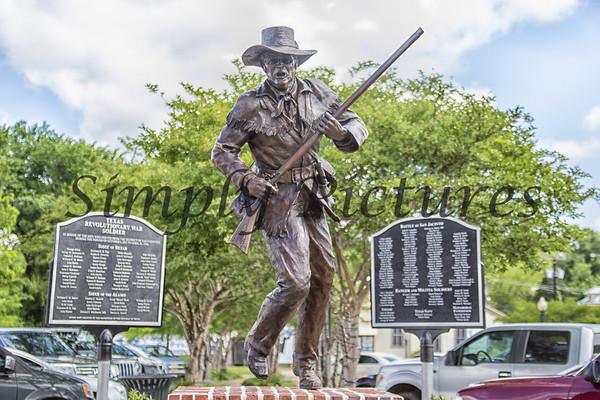 Burke Historic, statues