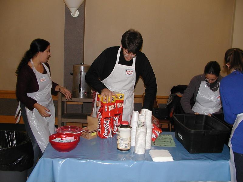 2003-11-15-Homeless-Feeding_010.jpg