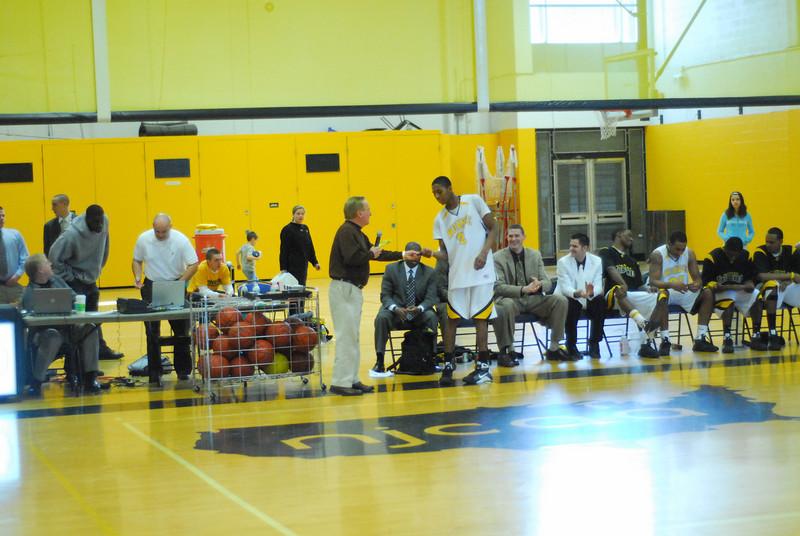 20090301_MCC Basketball_5744.JPG