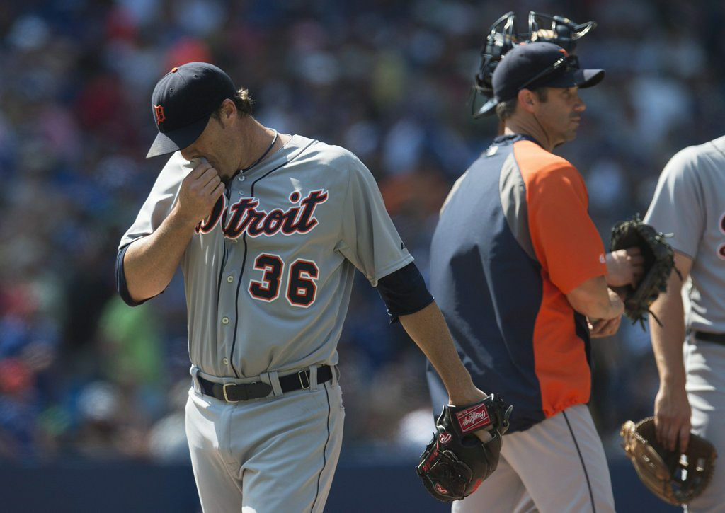 """. 6. JOE NATHAN <p>Opts for semi-obscene gesture because he�s afraid he can�t get his middle finger over the plate. (unranked) </p><p><b><a href=\""""http://www.freep.com/article/20140814/SPORTS02/308140161/joe-nathan-detroit-tigers-fans\"""" target=\""""_blank\""""> LINK </a></b> </p><p>    (AP Photo/The Canadian Press, Darren Calabrese)</p>"""