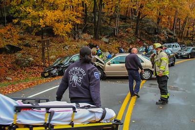 10-22-16 MVA With Injuries, Bear Mountain Bridge Road, Photos By Bob Rimm