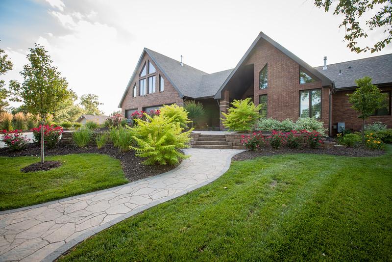 H&H Lawn and Landscape Omaha, Nebraska Landscaping 12416 Cottonwood Lane Springfield, Nebraska Date Captured June 21, 2015 Photos by Nate Olsen/ProCreations