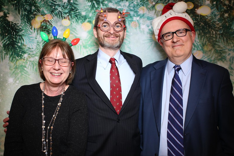 2019UniversityOfChicagoLawSchoolHolidayParty27.jpg