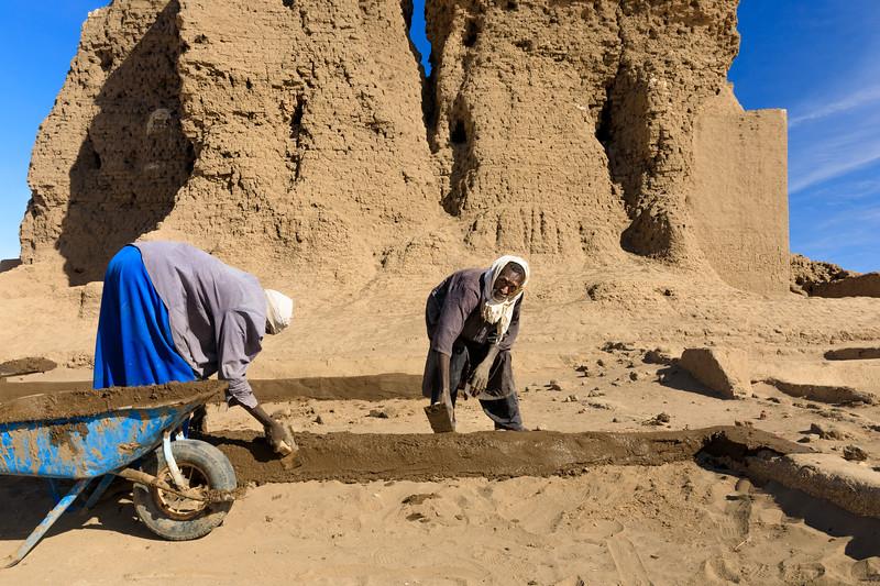 Die Grundrisse antiker Besiedlung werden nachgeformt