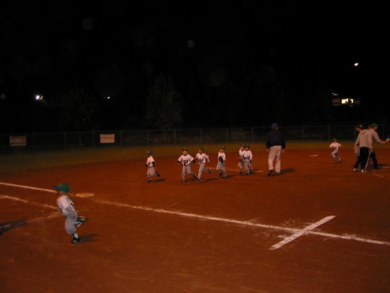 t-ball 2003-2.JPG