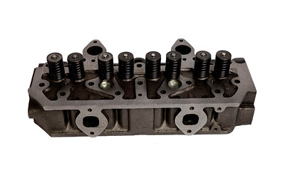 CASE IH 4 CYLINDER ENGINE HEAD 3044489R91