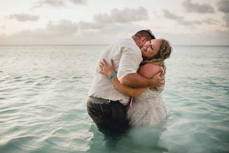 Requiem Images - Aruba Riu Palace Caribbean - Luxury Destination Wedding Photographer - Day after - Megan Aaron -52.jpg
