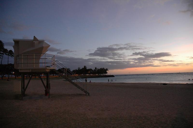 Hawaii - Ala Moana Beach Sunset-200.JPG