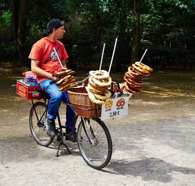 Pretzels seller on a bicycle in Berlin