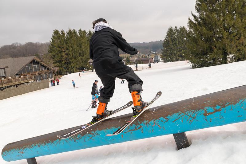 Pool-Party-Jam-2015_Snow-Trails-927.jpg