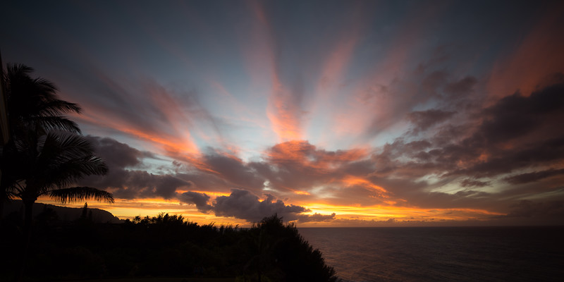 Hawaii Sunset Rays