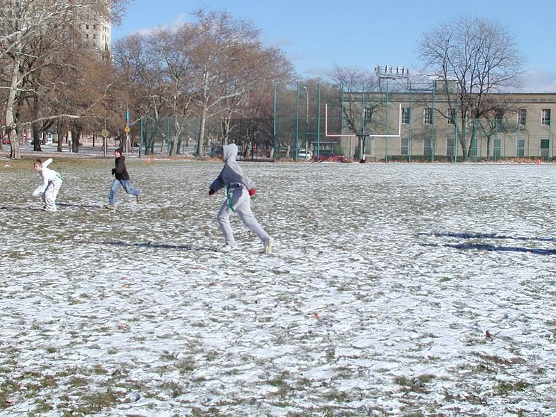 2002-12-01-GOYA-Turkey-Bowl_025.jpg