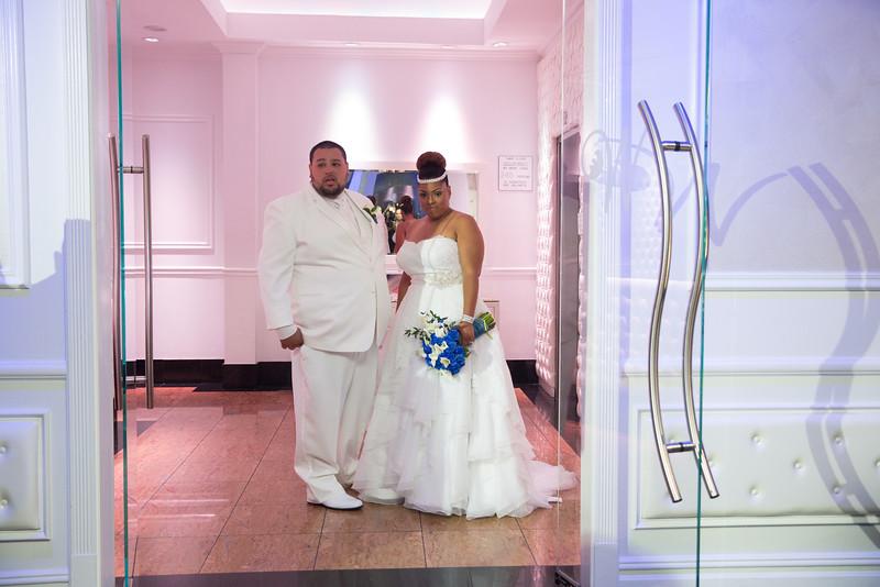 MER__0857_tonya_josh_new jerrsey wedding photography.jpg