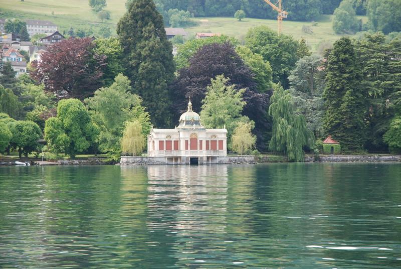 Lake Zurich_2496939437_o.jpg
