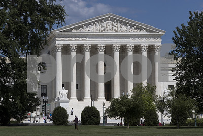 kennedy-is-key-to-supreme-court-outcome-on-partisan-maps