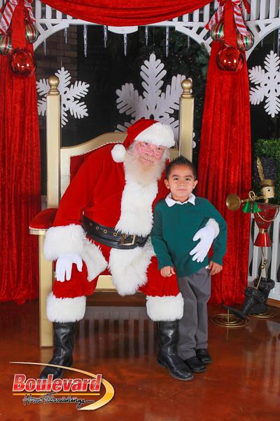 Santa 12-10-16-258.jpg