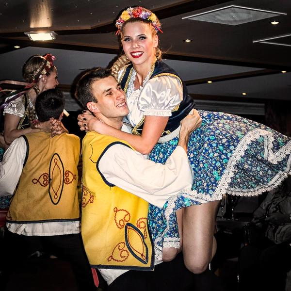 Serbian Dancers