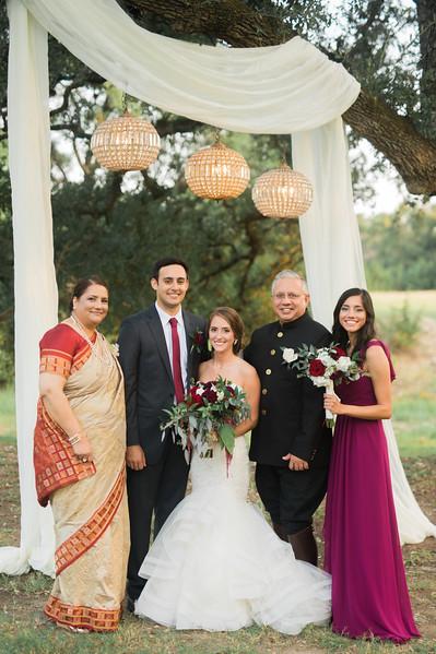 Alexa + Ro Family Portraits-56.jpg