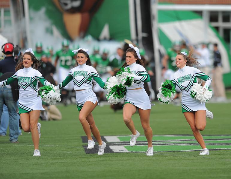 cheerleaders0110