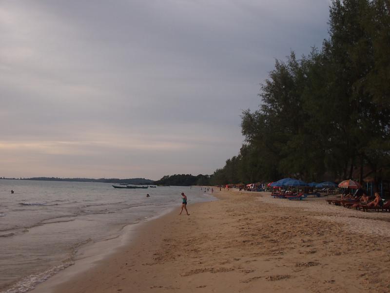 PB133563-otres-beach.JPG