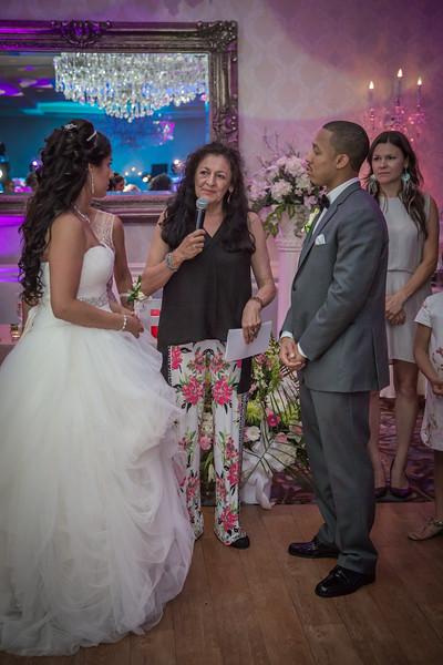 246_speeches_ReadyToGoPRODUCTIONS.com_New York_New Jersey_Wedding_Photographer_JENA9624.jpg