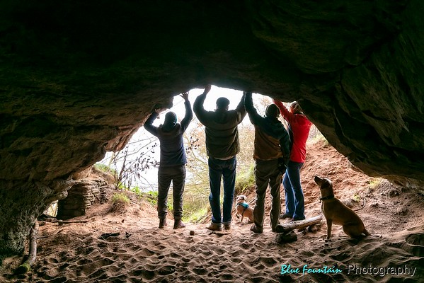 Hanging Rock Caves