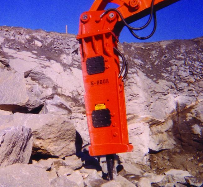 NPK E260A hydraulic hammer.jpg