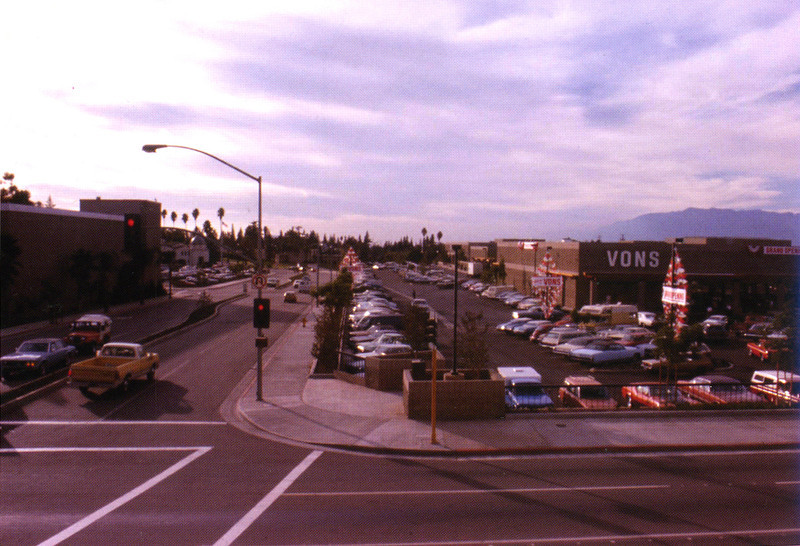 . Southeast corner of the Redlands Mall where Vons supermarket anchored that portion of the mall. Photo by Jack B. Cummings