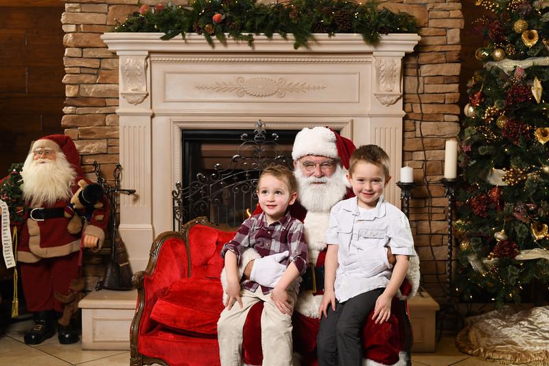 Santa2018.TylerBoye.-151.jpg