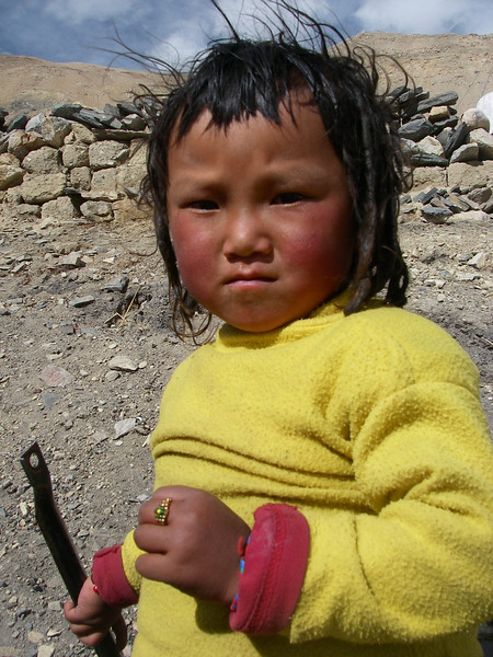 Kid from Rongbuk monastery area (4.930m = 16,175ft)