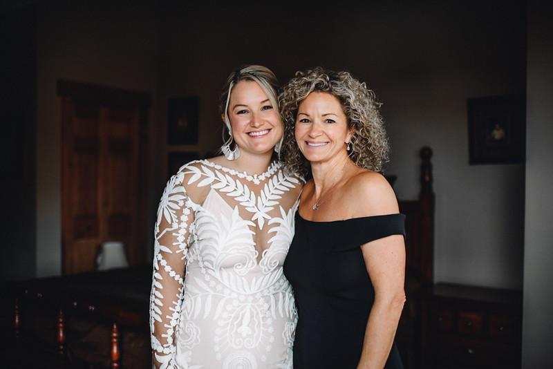 Requiem Images - Luxury Boho Winter Mountain Intimate Wedding - Seven Springs - Laurel Highlands - Blake Holly -328.jpg