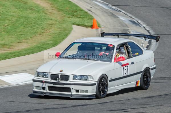 SL 167 White BMW