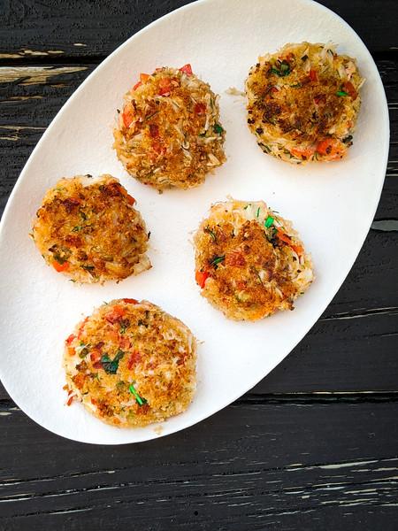 snow crab cakes on blac-2.jpg