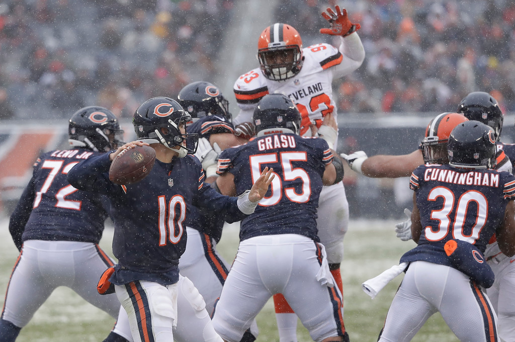 . Chicago Bears quarterback Mitchell Trubisky (10) throws against the Cleveland Browns in the first half of an NFL football game in Chicago, Sunday, Dec. 24, 2017. (AP Photo/Charles Rex Arbogast)