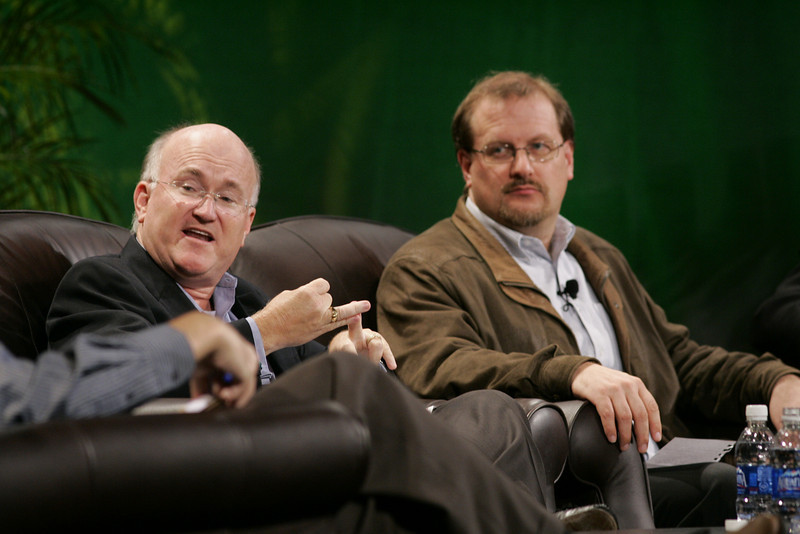 """Hotspots II"": Don Jones (L), VP, Business Development, QUALCOMM; and Simon Hackett, CEO, Internode"