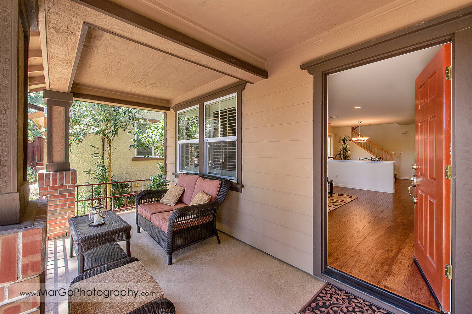 view of inside of Pittsburd house through entrance door - real estate photography