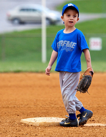 Baseball 5-28-2009 in Dickson