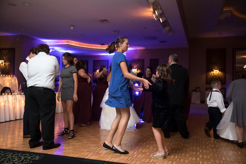 Amanda & Tyler Wedding 0925.jpg