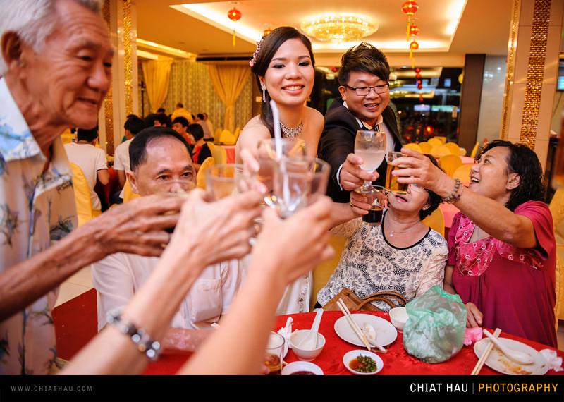 Chee Hou + Li Li - Actual Day Bride Dinner -_-134.jpg