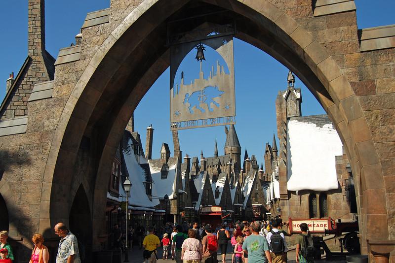 019 Universal Studios and Islands of Adventure May 2011.jpg