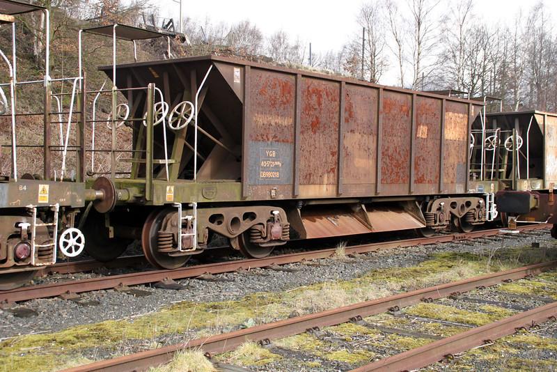 YGB 980218 Walton Old Yard 17/03/12